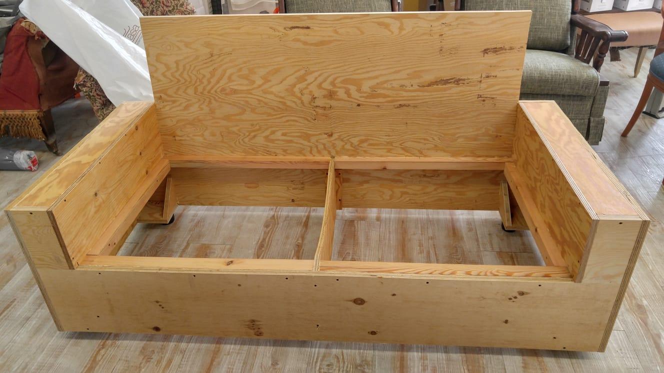 Longo cumiana artigiano costruzione divani e letti 2 for Letti e divani
