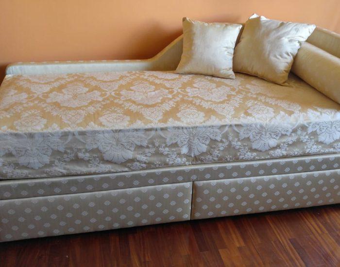Longo Cumiana Torino Artigiano costruzione divani e letti